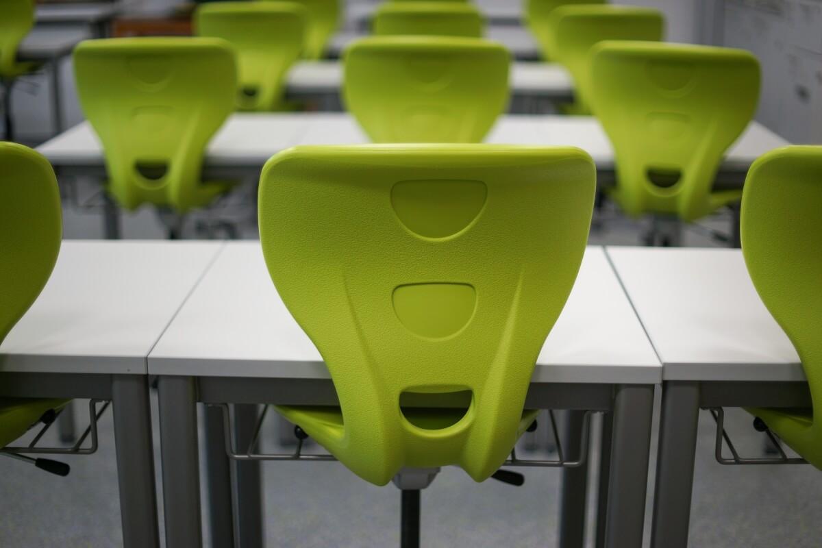 classe senza alunni